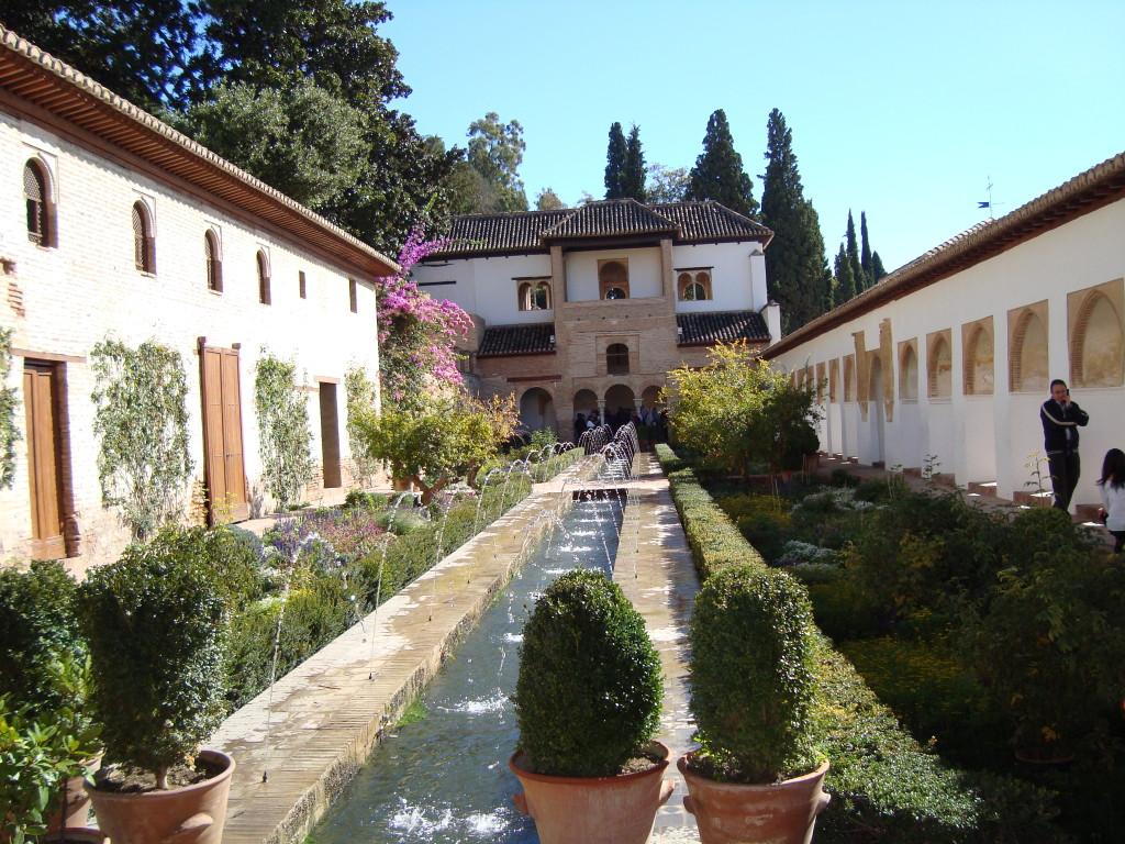 градини в Алхамбра
