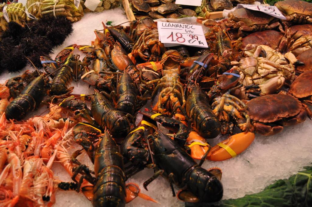 морски дарове на пазара La Boqueria