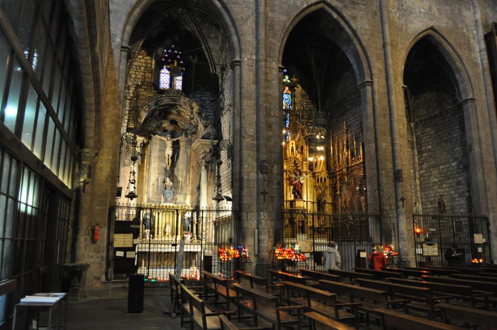Барселонската катедрала, интериор