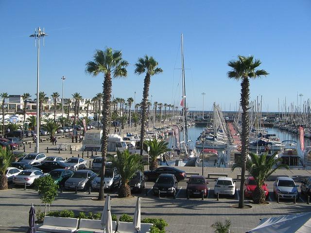 Яхтеното пристанище
