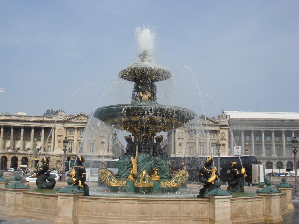 Фонтанът на площад Конкорд, Париж