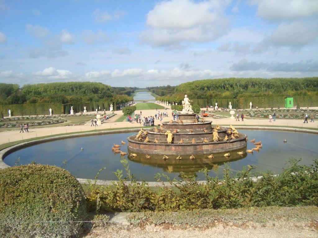 Градините на Версайския дворец
