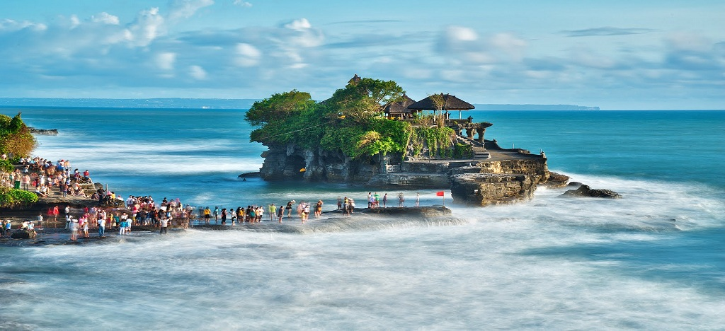 Tanah-Lot-Bali-Indonesia-Wallpaper