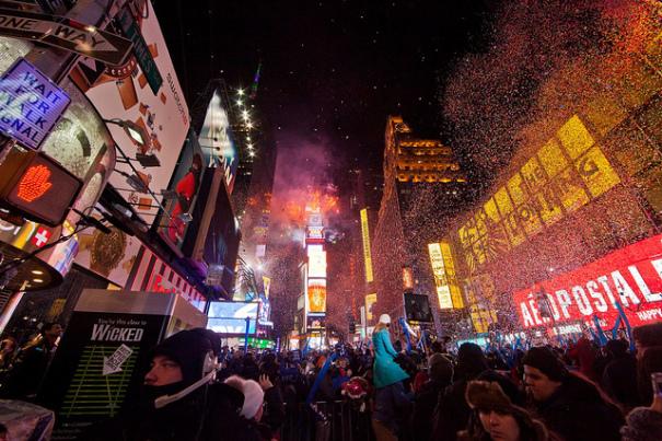 Новогодишната атмосфера на Таймс Скуеър в Ню Йорк
