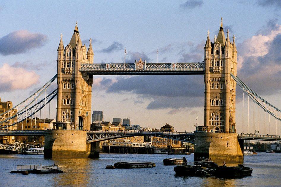 london-mosyt-tauar